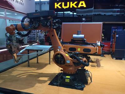 KUKA携四套展品五个工作站亮相埃森展