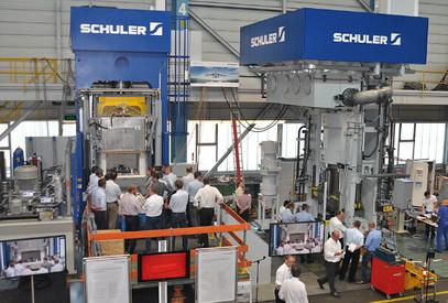 舒勒推出用于航空航天工业钛零部件生产的创新型热-冷拉伸压力机
