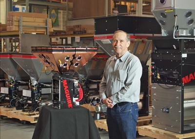 """美奎将在中国国际橡塑展上举行""""世界巡展"""",以纪念其发运第50,000台重力计量式搅拌机"""