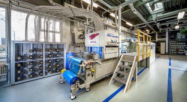 力联思在荷兰兹沃勒研发中心安装了目前最先进水平的SMC机组