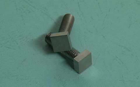 方头钛螺栓