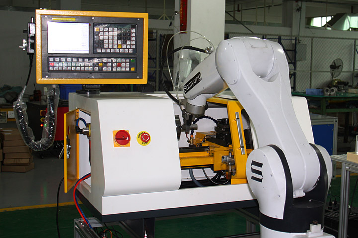 机器人上下料工作站集成实训系统的设计与制作