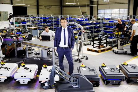 泰瑞达收购协作自主移动工业机器人领导者MiR