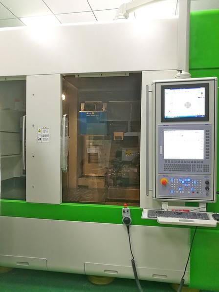 NUM 与中国机床制造商合作,开发先进的8 轴 CNC 组合(复合)加工中心