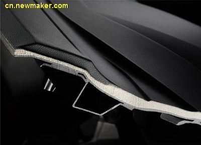 巴斯夫创新Elastoflex® E聚氨酯技术背泡可用于制造轻质纤薄仪表盘