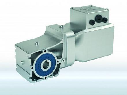 诺德推出新型IE5+同步电机,可与减速机和变频器组成系统解决方案,适用于内部物流领域